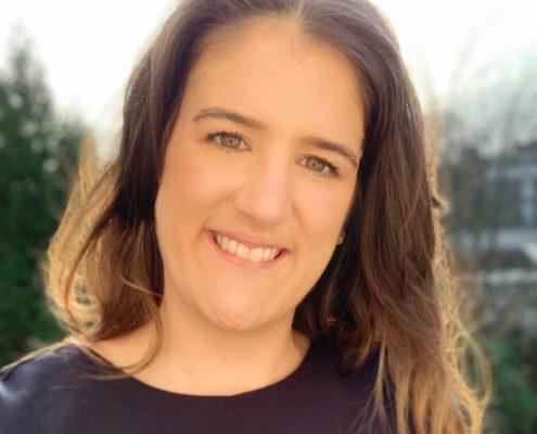 Freie-Rednerin-Lara-Gestermann